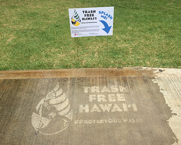 Trash Free Hawaii Stencil at Sea Life Park